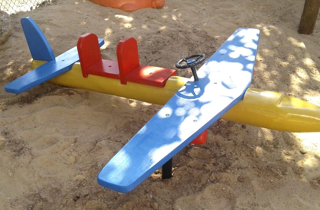 Avião Duplo